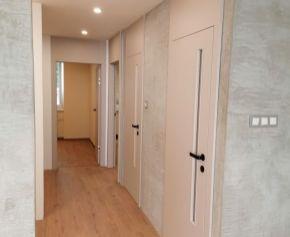 N004-113-MAHO -  3 izbový byt pražského typu + 6m2 balkón  sídlisko Dargovských hrdinov / kompletná rekonštrukcia /