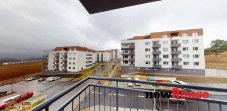 NA PREDAJ - úplne nový 3i byt Liptovská (95m2 + terasa, balkón, pivnica a parking)