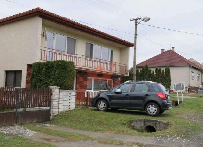 Rodinný dom - Ružiná - Fotografia 1