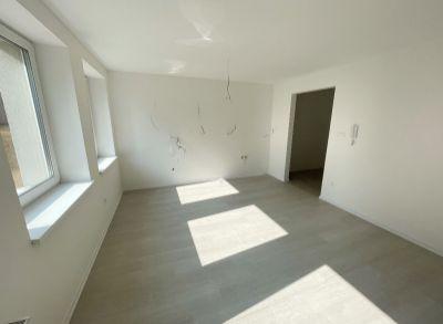 Podhaj3C: Na predaj 1 izbový byt s predzáhradkou, v novom projekte