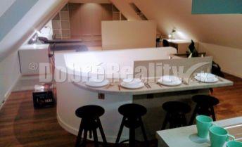 na prenájom luxusný nadštandardný veľkometrážny byt v centre Trnavy