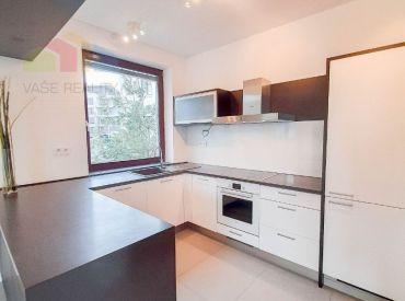 Na prenájom krásny 2-izbový byt, 80 m², Hriňovská ul, BA-I. – Staré Mesto