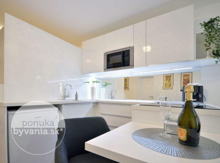 PRENAJATÉ - MUCHOVO NÁMESTIE, 2-i byt, 41 m2 – LUXUSNE zariadený, priestranná LOGGIA, parkovanie, moderná NOVOSTAVBA neďaleko CENTRA