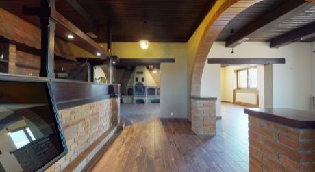 Reštaurácia s domom NA PREDAJ / FOR SALE / Madunice