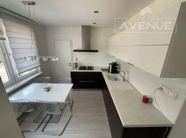 Na prenájom zrekonštruovaný byt 3+1, Žilina - Vlčince III (70m2) s parkovacím státim
