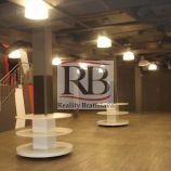 Obchodný priestor v centre, 274 m², vhodný napr. na bowling, výdajné miesto e-shopu, galériu a pod.