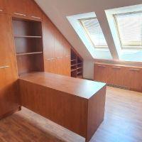 Obchodné, Zvolen, 20 m², Čiastočná rekonštrukcia