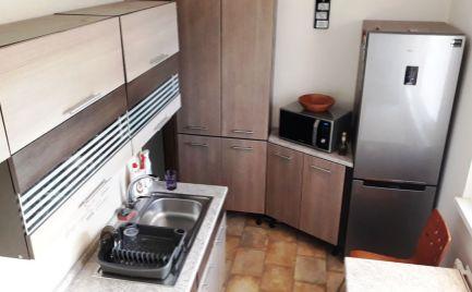 NOVINKA!!! Predaj 2 izbového zariadeného bytu Sídlisko 3, po rekonštrukcii