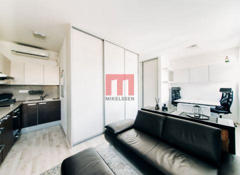 Na predaj útulný 1 izbový byt v centre mesta s dvomi parkovacími státiami  na Jelenej ulici