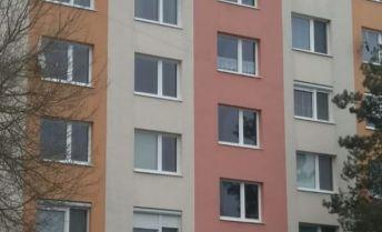 Na predaj velkometrazny 2,5 izbovy byt v Bošanoch