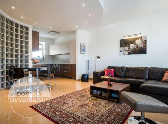REZERVOVANÉ - ZÁPOROŽSKÁ, 4-i byt, 111 m2 - TEHLA, 2x garážové státie, NOVOSTAVBA, kľud a množstvo zelene