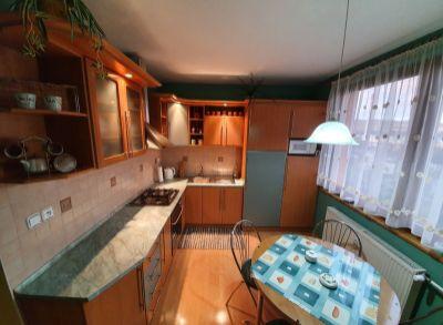 Ponúkame na predaj krásny 3 izbový byt v Nemšovej