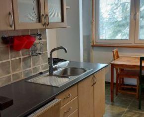 Zariadený 3 izbový byt na prenájom v 4 bytovke v Galante