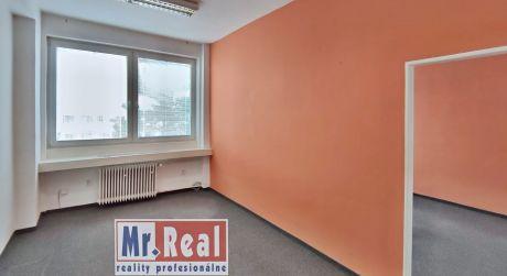 Výhodný prenájom kancelárie 32 m2 s bezplatným parkovaním a klimatizáciou, Bratislava - Petržalka