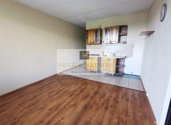 Predaj 1.izbový byt Chrenová NR 37m2+balkón