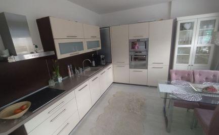 LUXUSNÝ 3 izbový byt v centre - Čadca