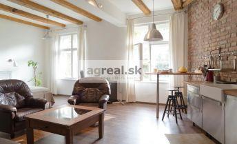Veľký 1-izb. byt po kompletnej rekonštrukcií - Medená ul. BA Staré mesto