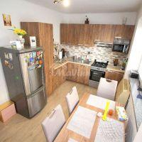 2 izbový byt, Bánovce nad Bebravou, 68 m², Kompletná rekonštrukcia
