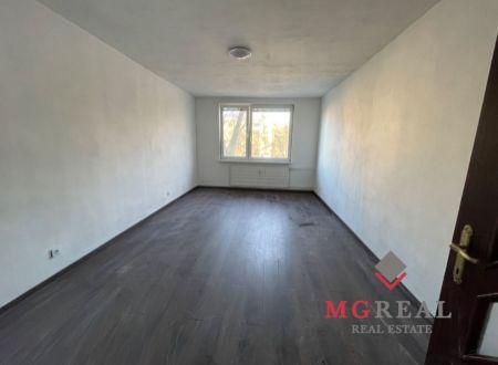 3 izbový byt  balkónom Topoľčany / PRENAJOM