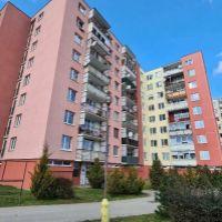 4 izbový byt, Nové Mesto nad Váhom, 76 m², Čiastočná rekonštrukcia