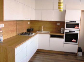 3-izbový BYT 72 m 2, nová DIZAJNOVÁ rekonštrukcia - TOP ponuka - REZERVOVANÉ
