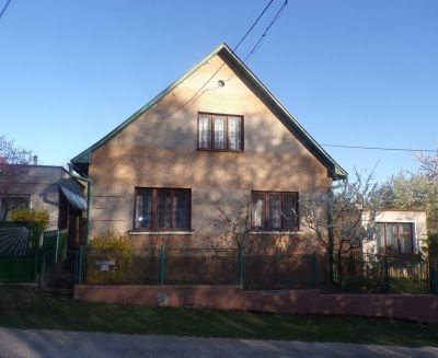 Na predaj 3 izbový rodinný dom 618 m2 Dlžín okres Prievidza FM1052