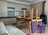 PBS - ++Veľký dvojpodlažný rodinný dom vhodný na prestavbu na dvojgeneračný v centre obce Suchá nad Parnou++