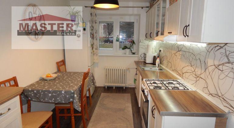 MASTER REAL- Na Predaj  2- izbový byt s balkónom, 58 m2, Žiar nad Hronom