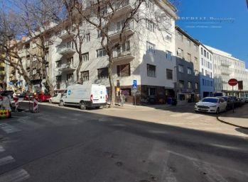 Prenájom - 2 izbový byt v atraktívnej časti Starého Mesta na Panenskej ulici.