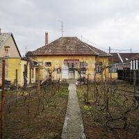 Rodinný dom, Levice, 100 m², Pôvodný stav