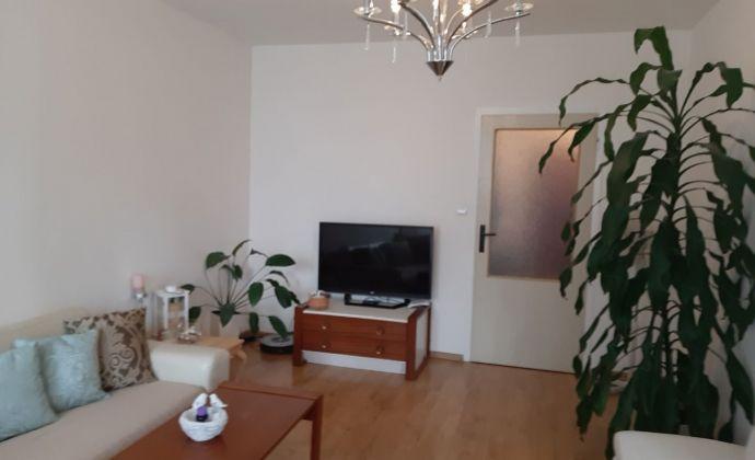 Predám 4 izbový byt Nitra - Klokočina