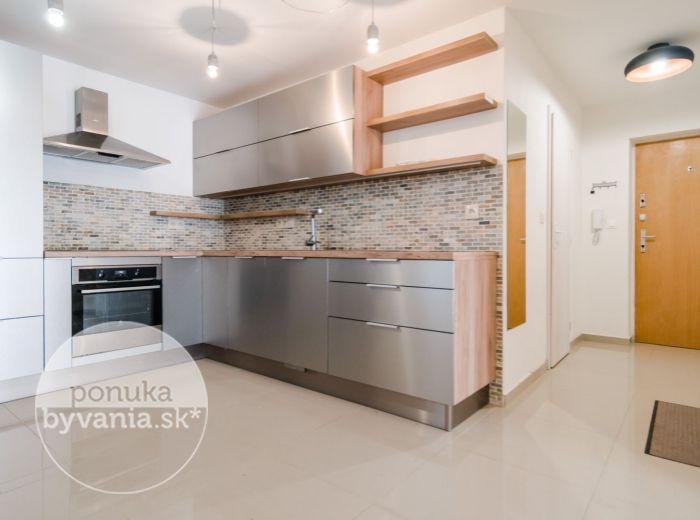 PRENAJATÉ - KVAČALOVA, 2-i byt, 55 m2 – TOP LOKALITA, zeleň a pokoj, CENTRUM mesta na pešo, TEHLA