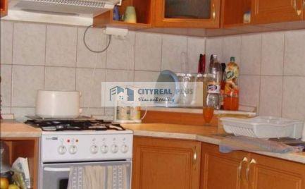 Na predaj velký 3 izbový byt v Komárne