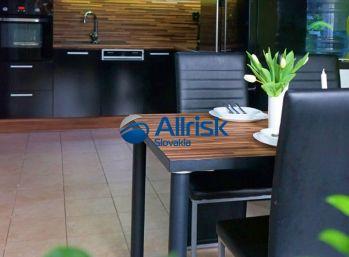3- izbový prízemný byt priamo v centre Galanty 68 m2
