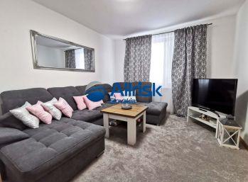 Pekný 3 izbový byt na Bottovej ulici v Šali.