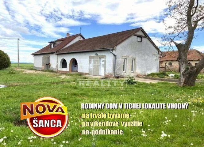Rodinný dom - Šarovce - Fotografia 1