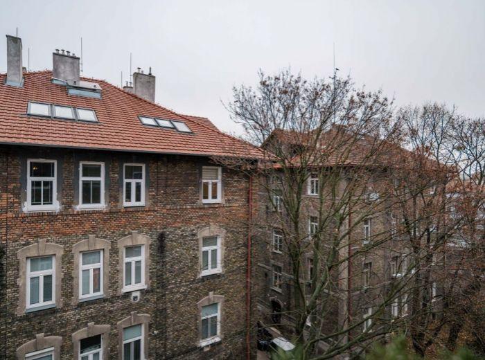 PALÁRIKOVA, 5-i byt, 125 m2 - rekonštrukcia, KULTÚRNA PAMIATKA, tehla, PODKROVIE
