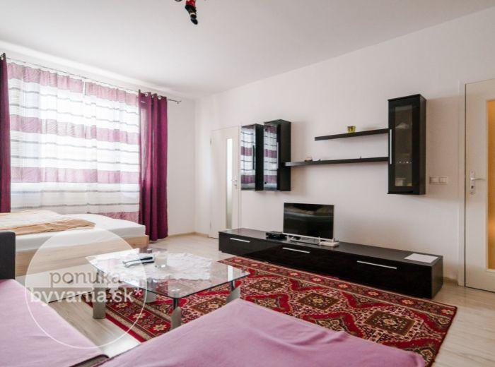 REPAŠSKÉHO, 1-i byt, 40 m2 – KOMPLETNÁ REKONŠTRUKCIA, zeleň, ticho, ELEKTRIČKA, ihneď k nasťahovaniu