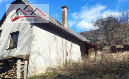 DMPD Real Vám exkluzívne ponúka rodinný domček vhodný ako chalupa v obci Čavoj.