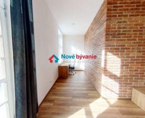 PRENÁJOM - 2 izbový byt v Starom meste v Košiciach (006-212-AMZEa)