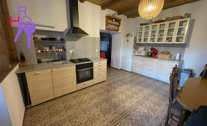 Ponúkame 5 izbový rodinný dom v centre Pezinka