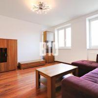 2 izbový byt, Trenčín, 57 m², Kompletná rekonštrukcia
