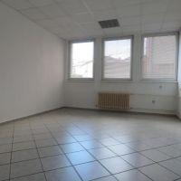 Kancelárie, Banská Bystrica, 24.50 m², Kompletná rekonštrukcia