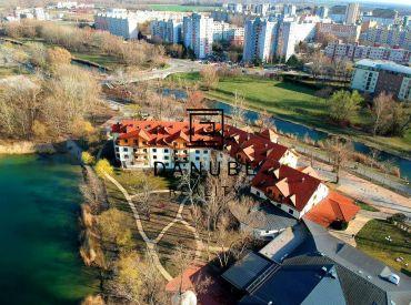 Predaj štrnásť 1 izbových apartmánov na prízemí v Bratislave vo výnimočnej lokalite mestskej časti Petržalka  -  Antolská ulica.