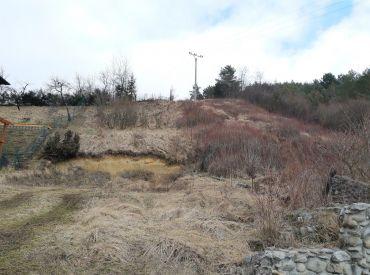 Predaj pozemku v obci Teplička n.Váhom, 586 m2, všetky IS