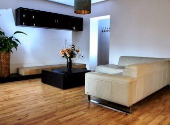 BA I. Staré mesto -2 izbový krásny byt na Karadžičovej ulici