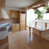 3 izbový byt, Komárno, 69 m², Kompletná rekonštrukcia