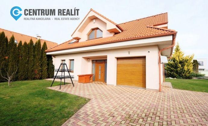xxx PREDANÉ xxx 3D obhliadka: Priestranný 5-izbový dom s krásnou záhradou, garážou, Dunajská Lužná, TOP lokalita