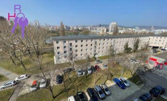 Na predaj 3 izbový byt po kompletnej rekonštrukcii v príjemnej lokalite Ružinova