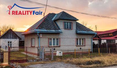 Predaj rodinného domu v centre Hronseku - REZERVOVANÉ